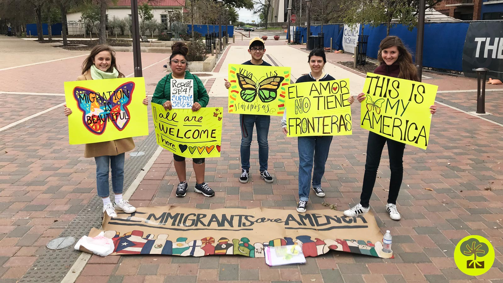 Youth Volunteering with RAICES